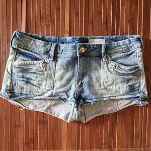 &Shorts
